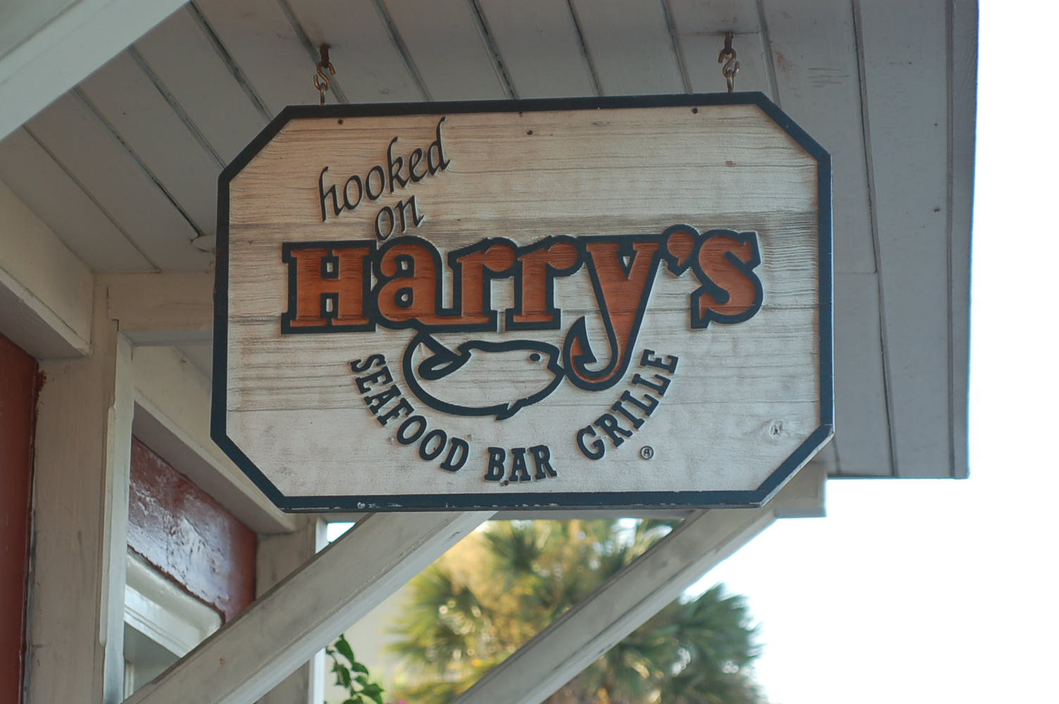 Harry's Seafood, Bar and Grille