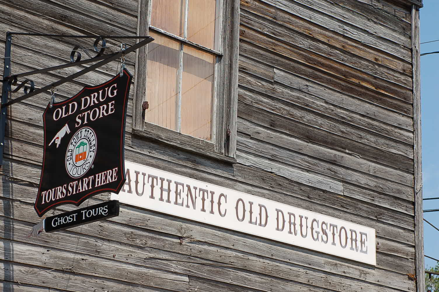 Old Drugstore paranormal