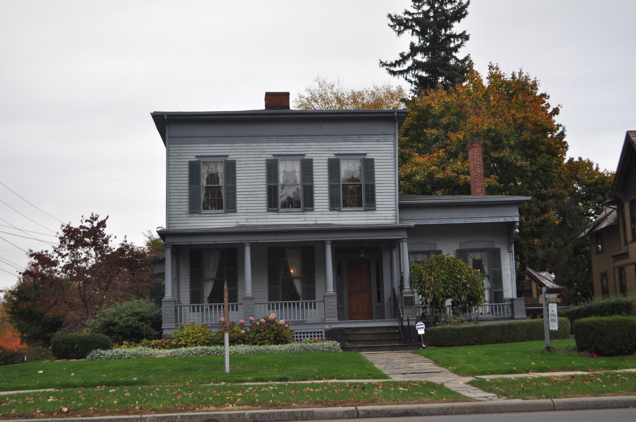 Harriet Taylor Upton House Paranormal